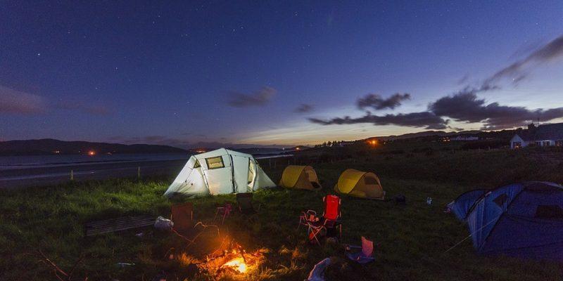 Hvordan du best forbereder deg for en campingferie (ANNONSØRINNHOLD)